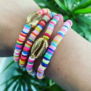 Isabella – Handgemaakte zomer armband met schelpkraal
