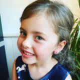 Nicolette – Oorsteker met bloempje